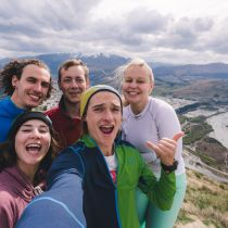 group-selfie-queenstown-internship